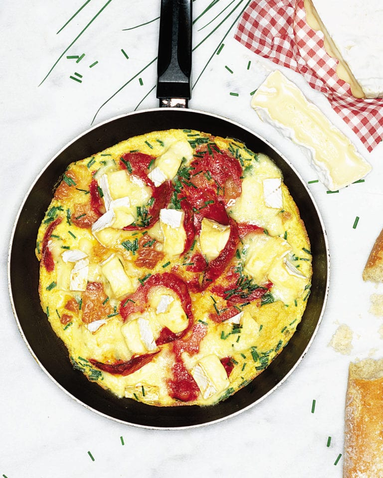 Omelette with chorizo and camembert