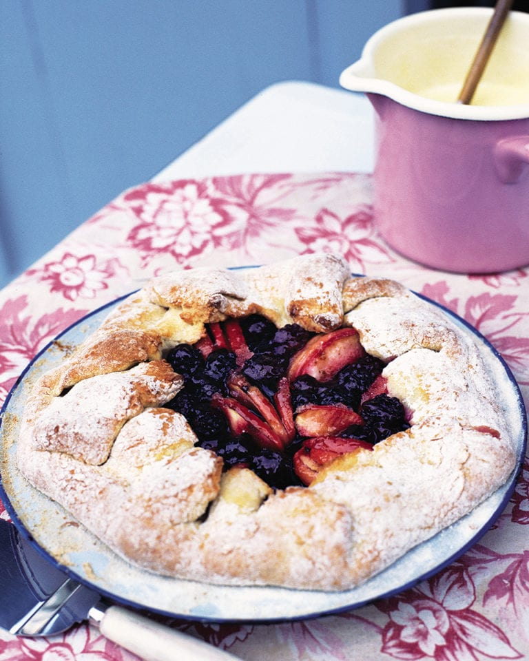 Free-form blackberry and apple pie