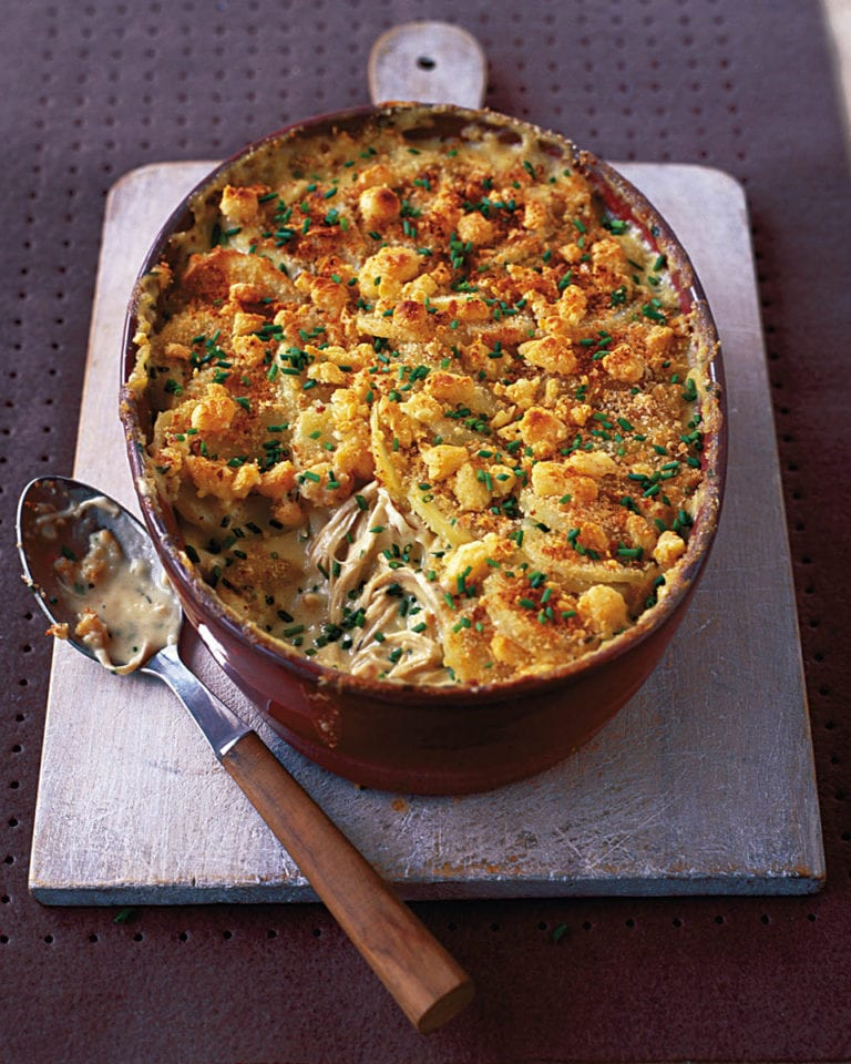 Creamy chicken, chive and mustard gratin