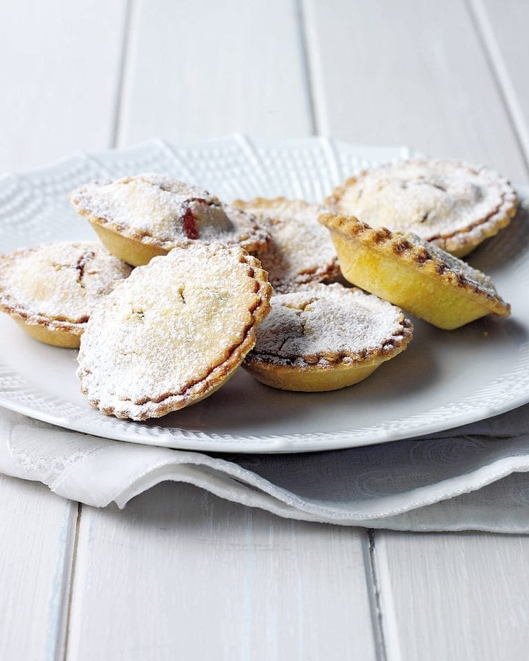 Nut, gluten and dairy-free mince pies