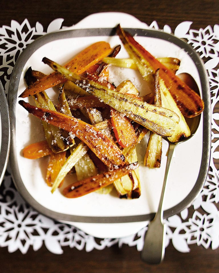 Christmas roast parsnips and carrots