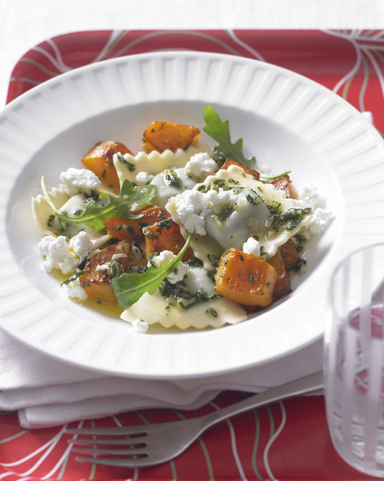 Fresh ravioli with squash and goat's cheese