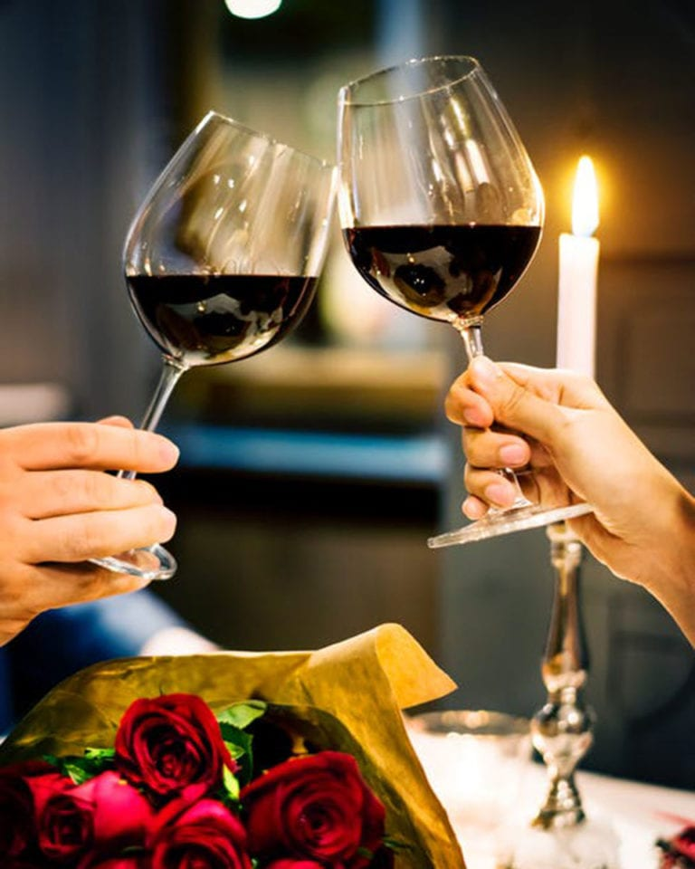 Why Valentine's Day is the worst time to eat out