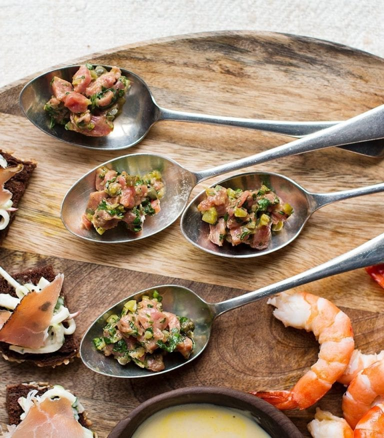 Steak tartare spoons