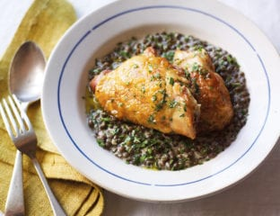 Crispy chicken with mustard and cream lentils