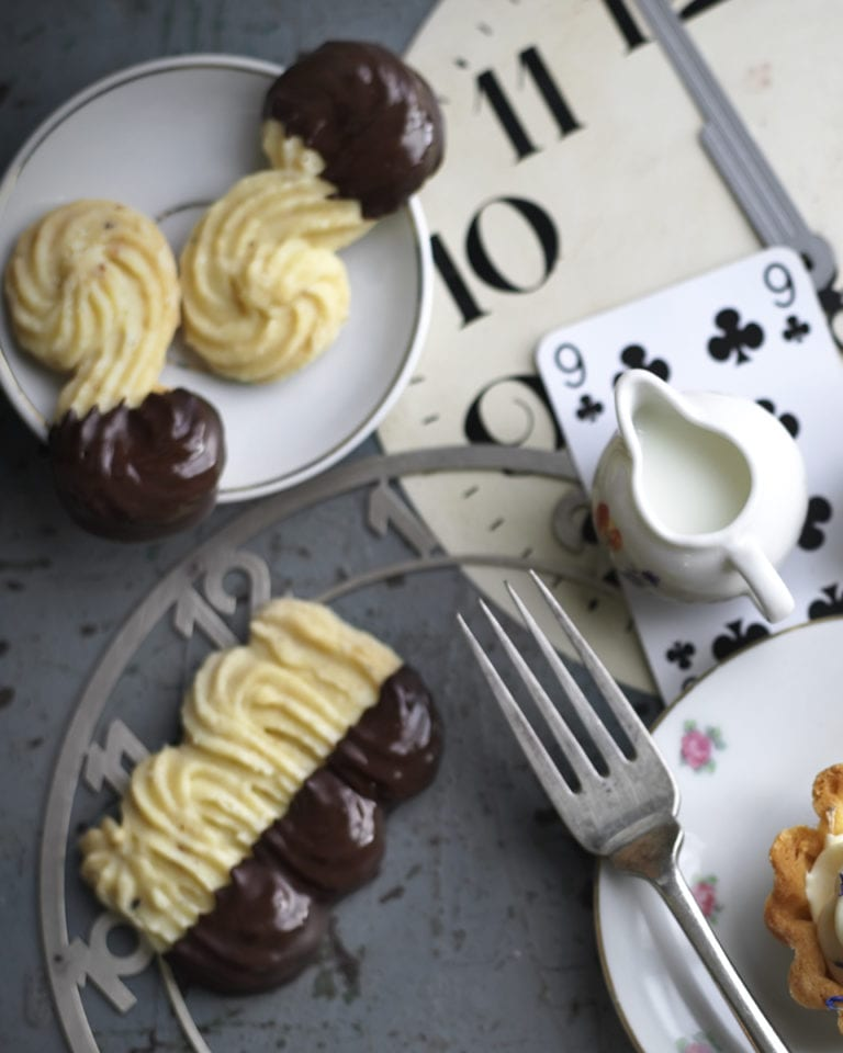 Chocolate-dipped Viennese whirls