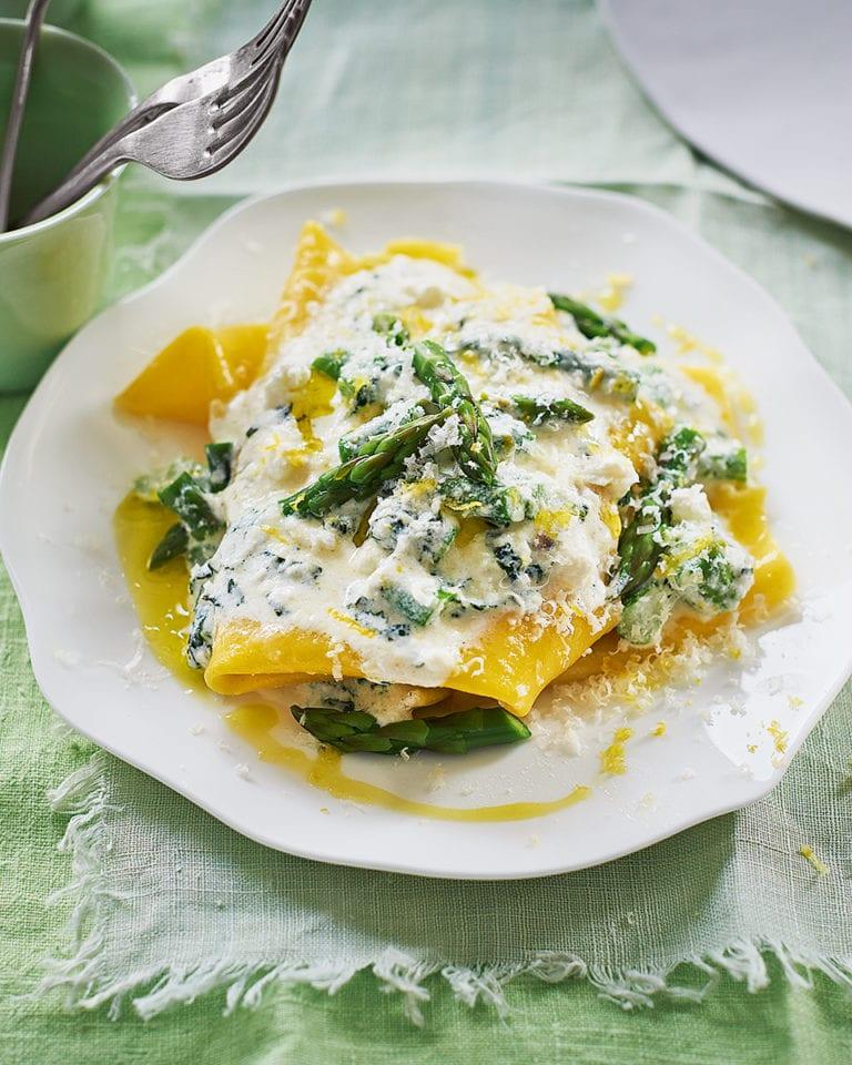 Asparagus and ricotta lasagne