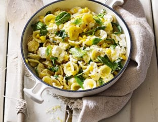Pasta with sweetcorn, ricotta and basil