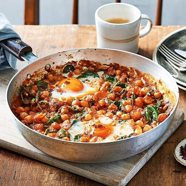 chickpea baked eggs