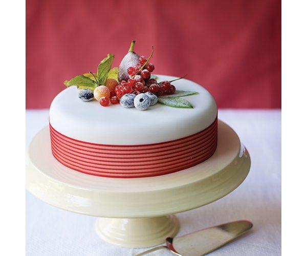 crystallised-fruits-and-berries-cake