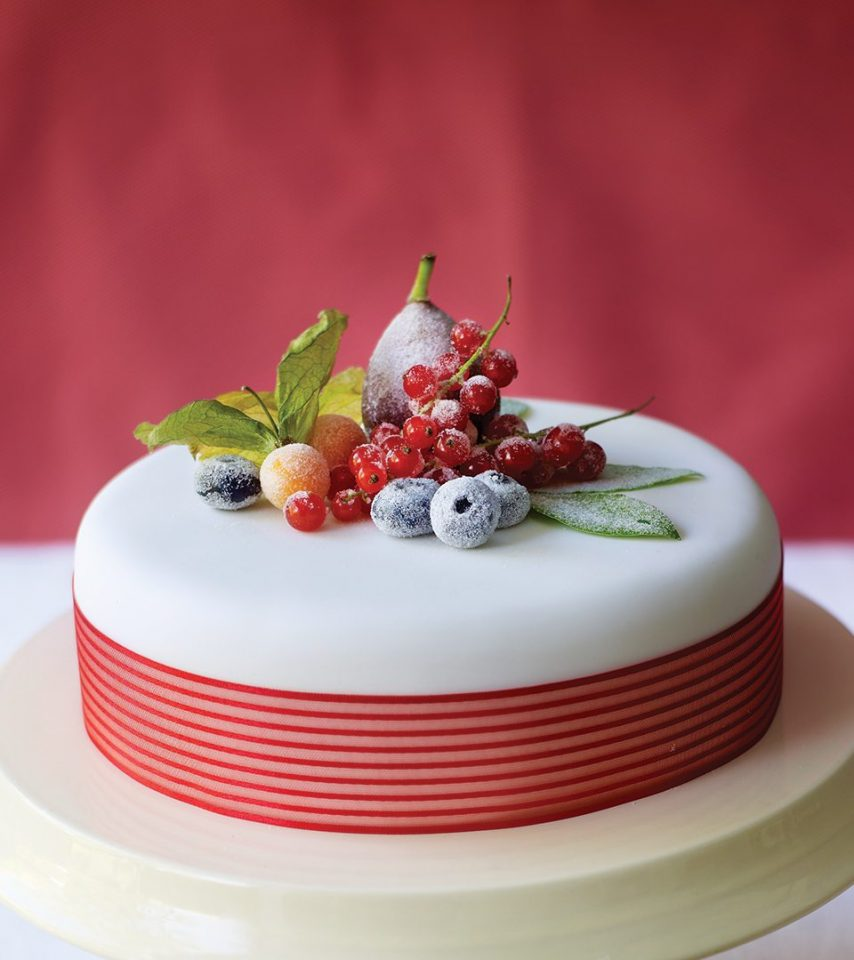 How to make a crystallised fruit and berries Christmas cake - delicious. magazine