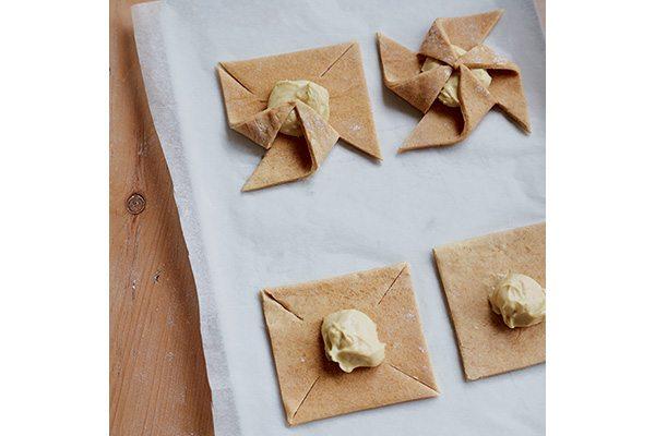 folding-pastry