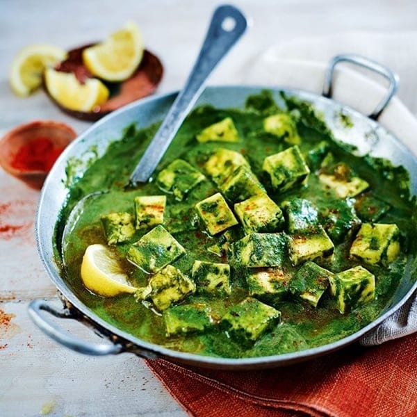 spinach paneer curry