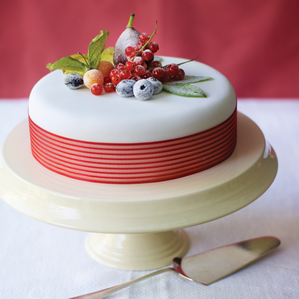 fruit cake decoration decorating cake with fruit www indiepedia org 4391