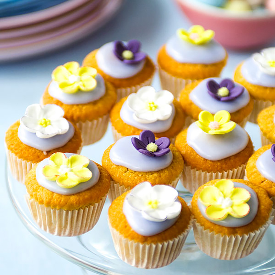 Scented cupcakes delicious magazine forumfinder Choice Image
