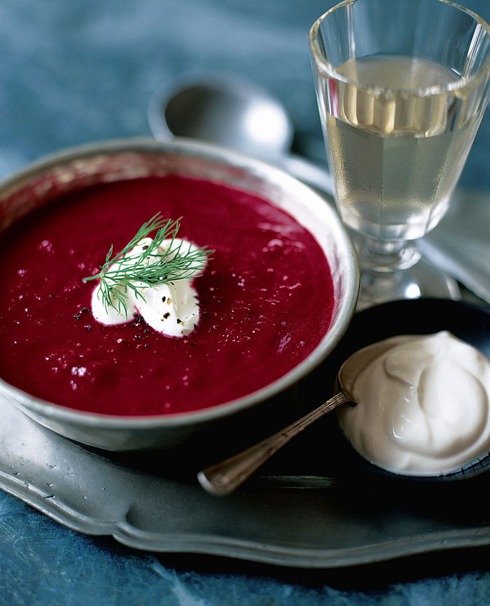 Recipe for hot beetroot soup