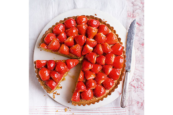 strawberry-frangipane-tart