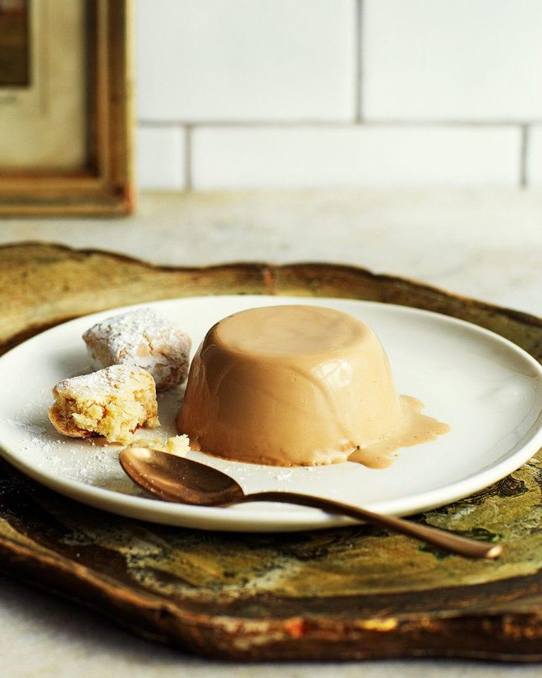 Coffee pannacotta with hazelnut ricciarelli