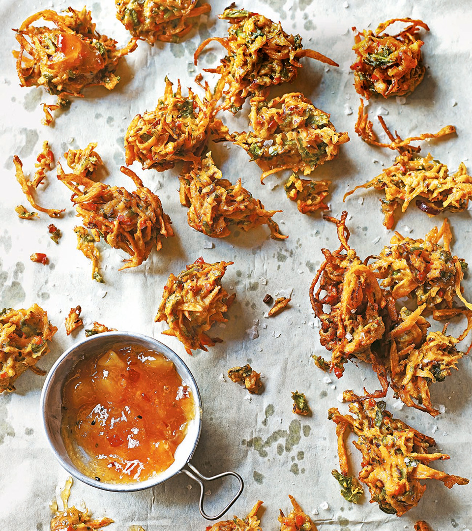 Carrot onion and spinach bhajis delicious magazine forumfinder Gallery