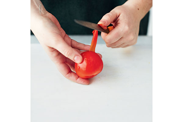 How-to-peel-and-chop-a-tomato-2