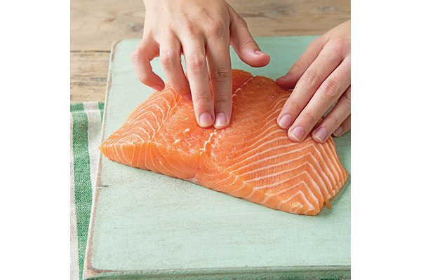 how-to-make-salmon-en-croute-1