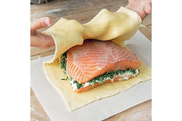 how-to-make-salmon-en-croute-3-
