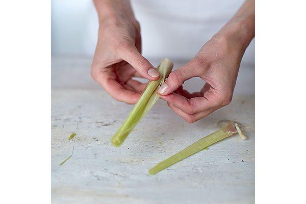 How-to-prepare-lemon-grass-1