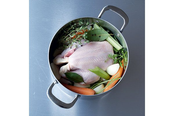 How-to-make-chicken-stock-1