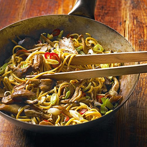 440764-1-eng-GB_chinese-noodles-with-mushrooms