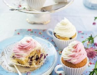 Summer cupcakes to flavour three ways