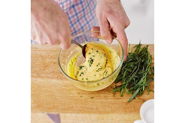 How-to-make-bearnaise-sauce-step-4