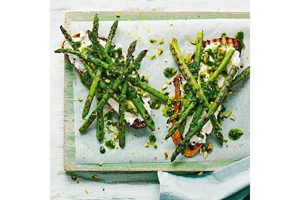 Griddled asparagus, goat's cheese and herb oil toast
