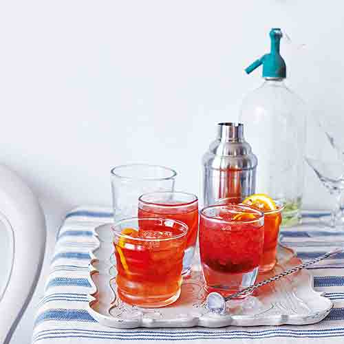 campari-whiskey-cocktail