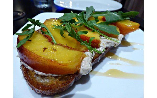 Currant-restaurant---foie-gras-toast