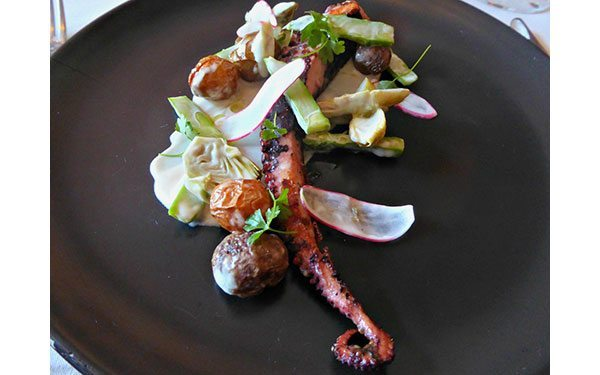 Nine-Ten---octopus-salad