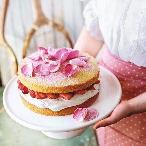 strawberry-rose-victoria