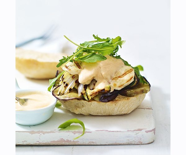 griddled-vegetable-and-halloumi-burger-with-chilli-yoghurt