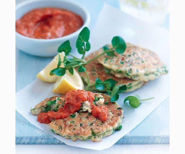 halloumi-and-pea-fritters-with-pepper-sauce-768x704