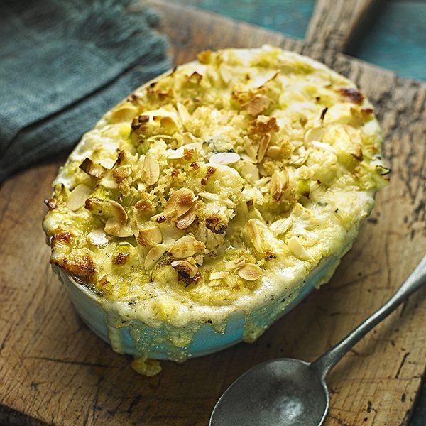 cauliflower,-leek-and-blue-gratin