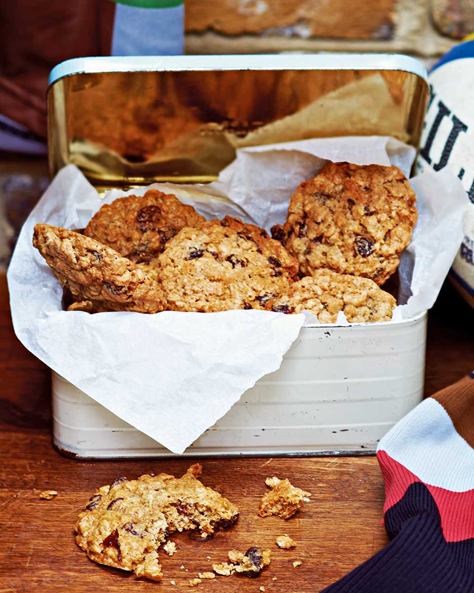 Oatmeal and raisin cookies - delicious. magazine