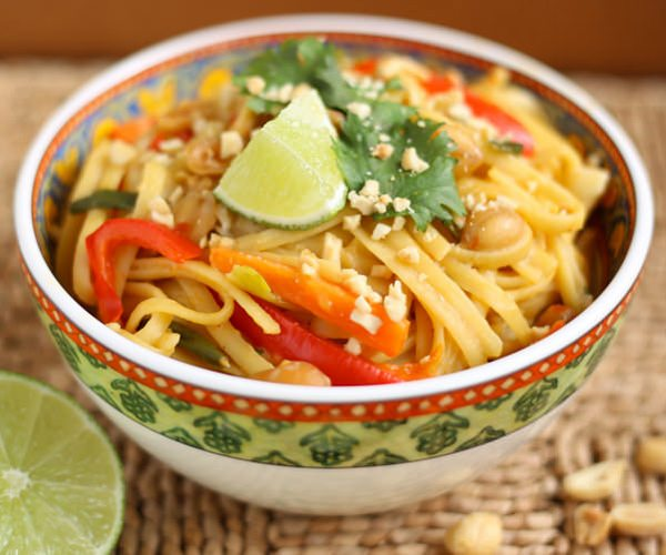 One-Pot-Thai-Peanut-Pasta