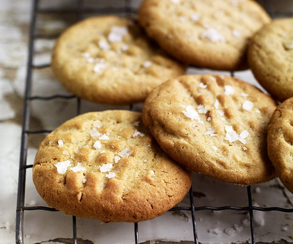 salted-pb-cookies-delicious