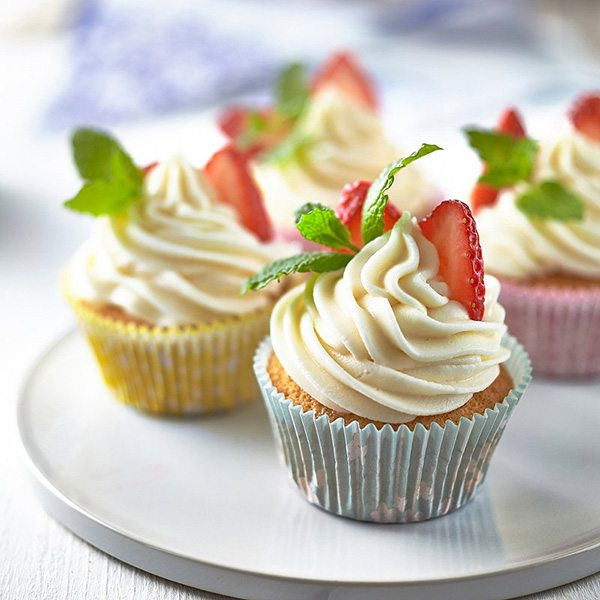 pimms-cupcakes