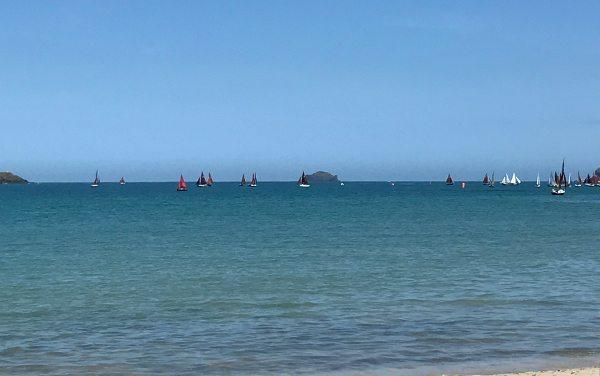 Brea-beach,-Rock