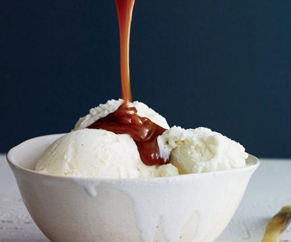 miso-caramel-sauce-jake-bickelhaupt-1880119l1