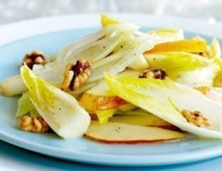 Fennel, chicory and lemon salad