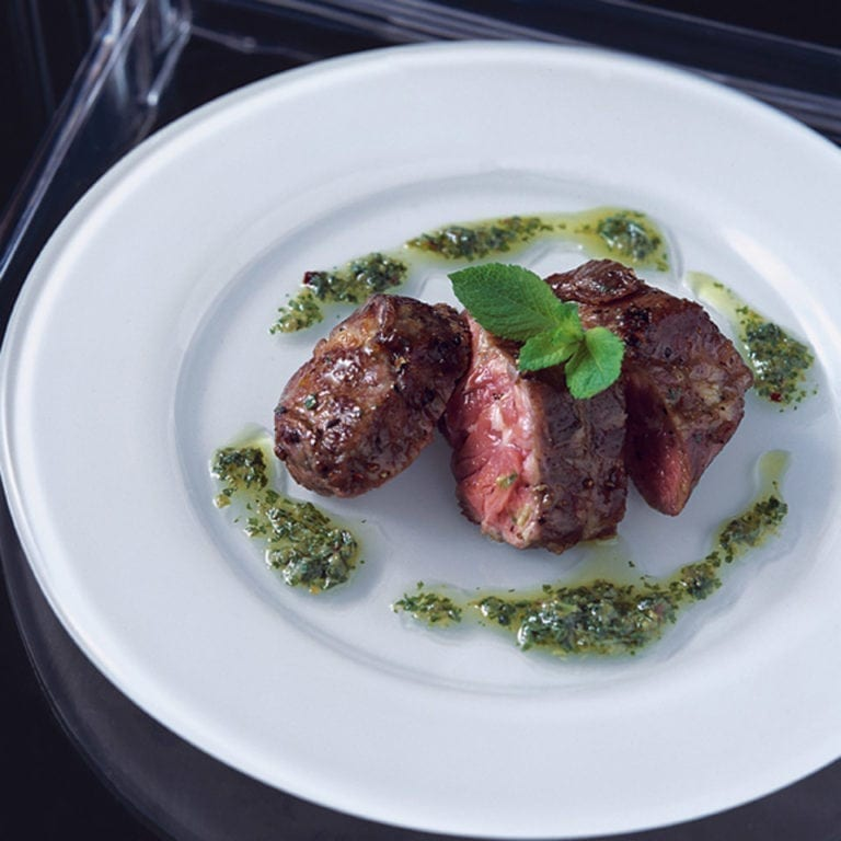 Seared lamb with mint and chilli sauce