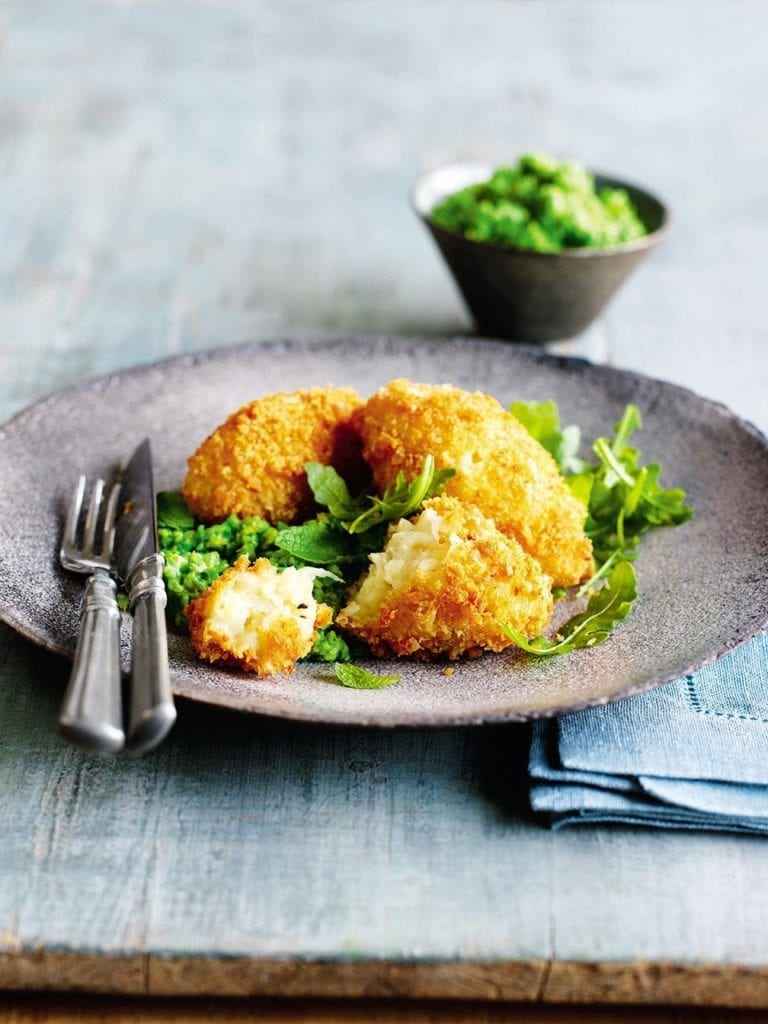 Cheese and potato cakes with pea purée