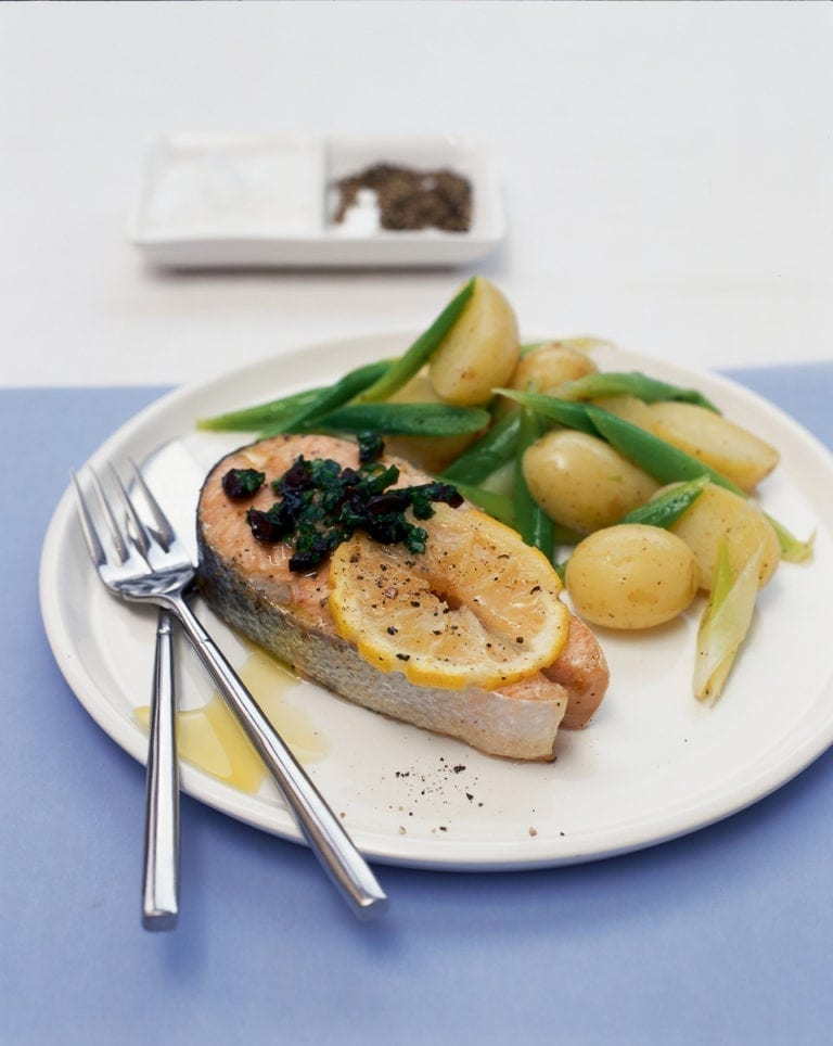 Salmon with basil, lemon and olive butter