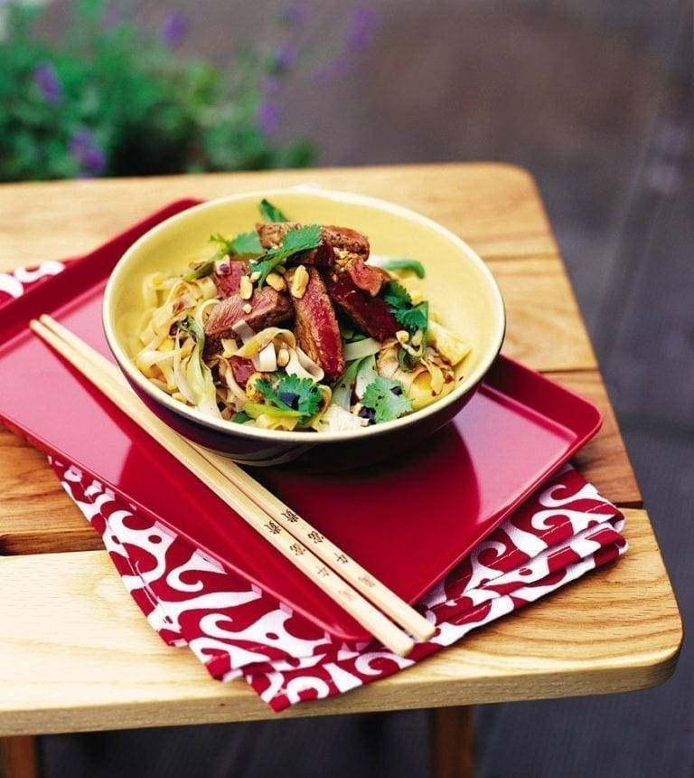 Beef and vegetable rice noodles